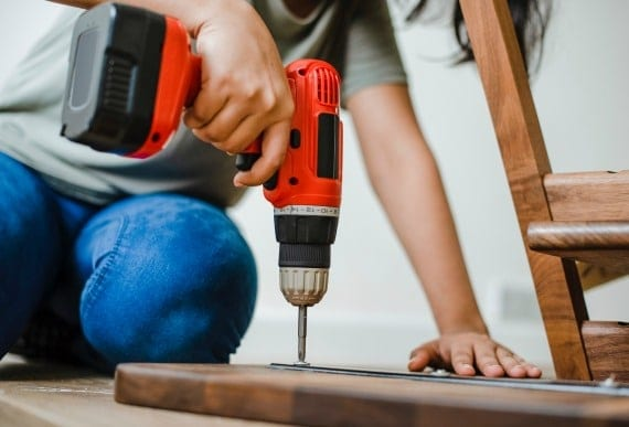 How to Remodel: Hiring a Professional vs. DIY